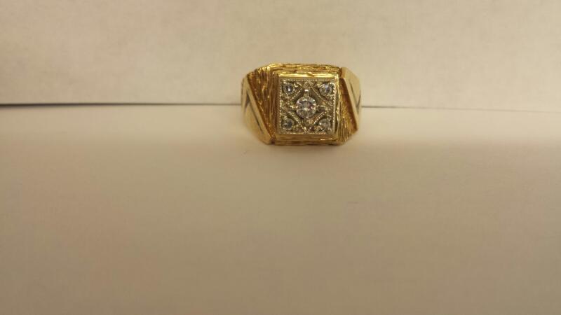 Gent's Gold-Diamond Wedding Band 5 Diamonds .25 Carat T.W. 14K Yellow Gold