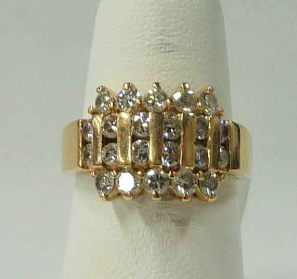 Lady's Diamond Fashion Ring 22 Diamonds 1.10 Carat T.W. 14K Yellow Gold 4.24dwt
