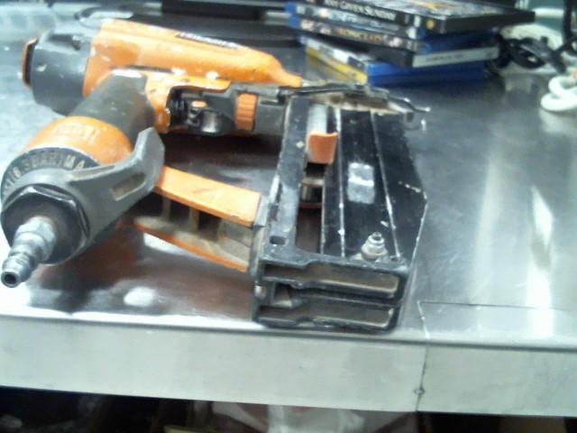 RIDGID Nailer/Stapler R250SFA