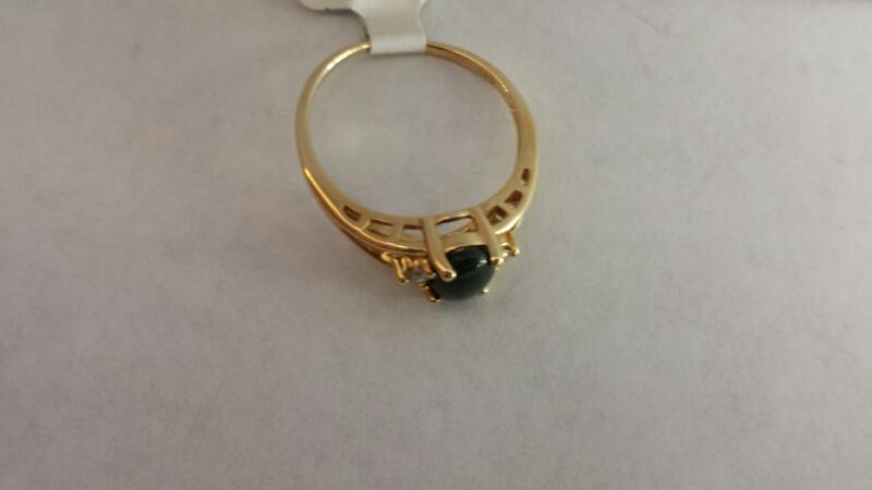 14k Yellow Gold Ring with a Jade Stone and 2 Diamond Chips