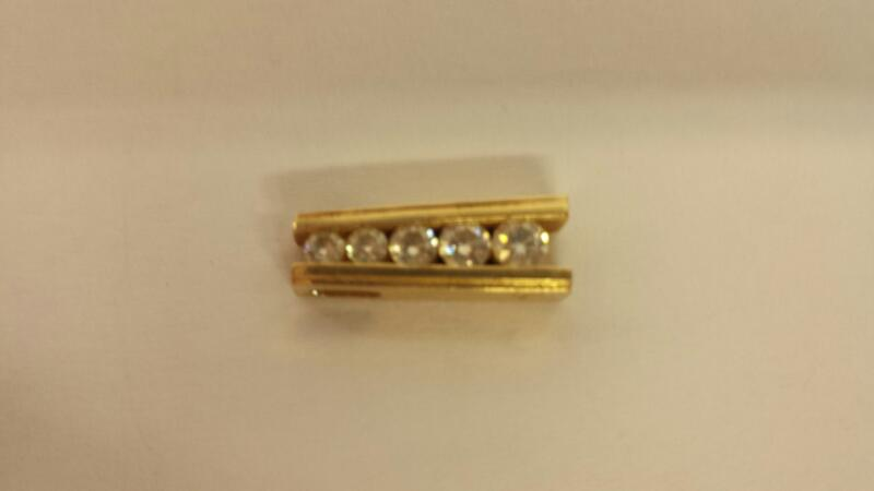 Gold-Multi-Diamond Pendant 5 Diamonds .37 Carat T.W. 14K Yellow Gold 2.1dwt