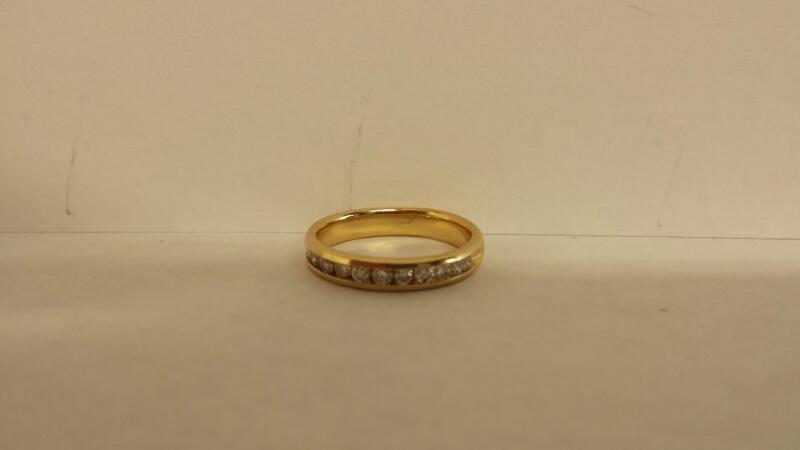 14k Lds 12 Diamond Wedding Band .36cttw 2.3dwt