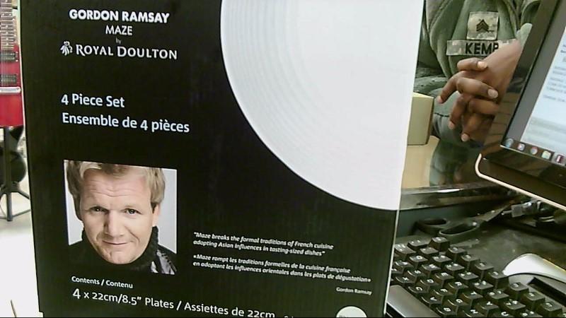 """ROYAL DOULTON 4PC 8.5"""" PLATE SET GORDON RAMSAY"""