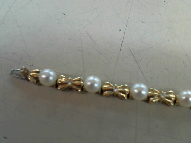 Synthetic Pearl Gold-Diamond & Stone Bracelet 13 Diamonds .26 Carat T.W.