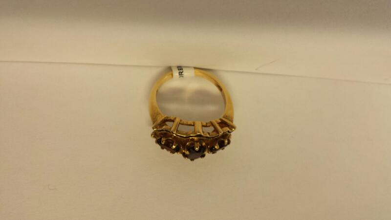 10k Yellow Gold Ring with 3 Red Stones