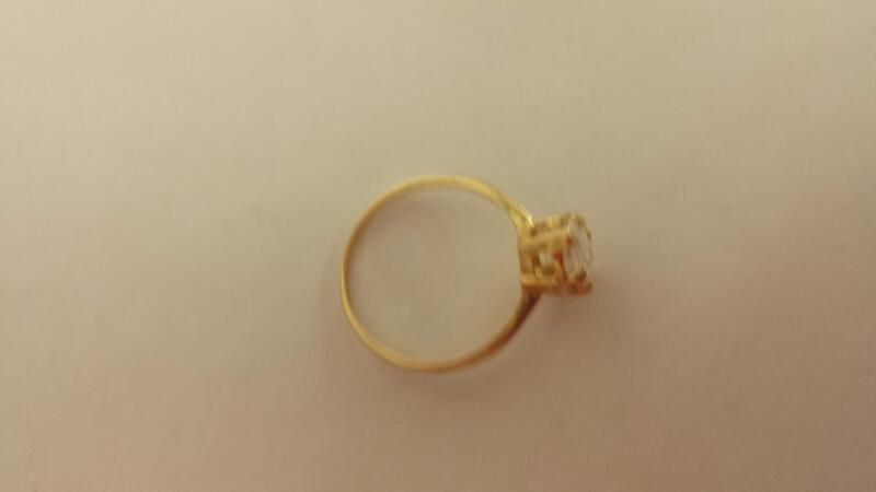 Synthetic Cubic Zirconia Lady's Stone Ring 14K Yellow Gold 1.5dwt Size:8