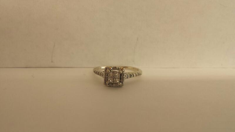 LDS 14K-WG 4-Princ. Cut 25-Rd Diamonds .41Cttw 1.7Dwt Size 5