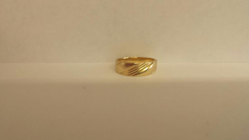 Gent's Gold Wedding Band 14K Yellow Gold 2.3dwt Size:5