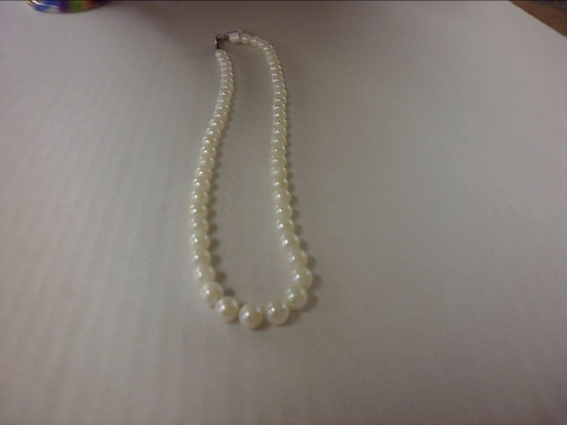 NECKLACE JEWELRY JEWELRY; STRAND OF TIED CULTURED PEARLSW/ SNAP  CONNNECT