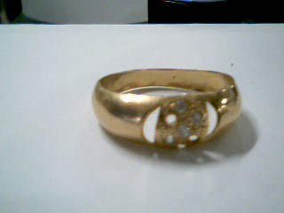 Lady's Diamond Cluster Ring 5 Diamonds .15 Carat T.W. 18K Yellow Gold 2.2g
