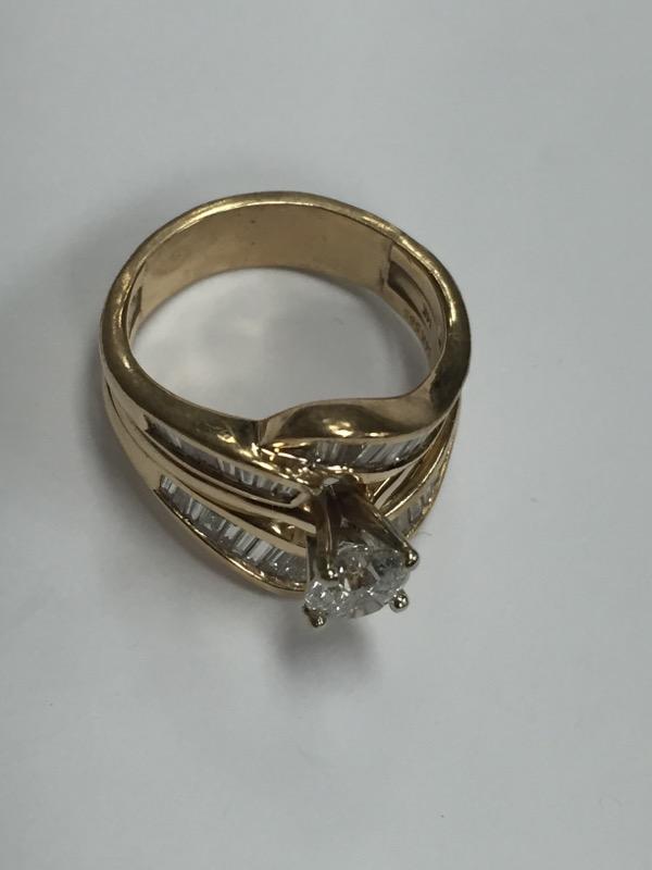 Lady's Diamond Wedding Set 26 Diamonds 1.00 Carat T.W. 14K Yellow Gold 9.2g