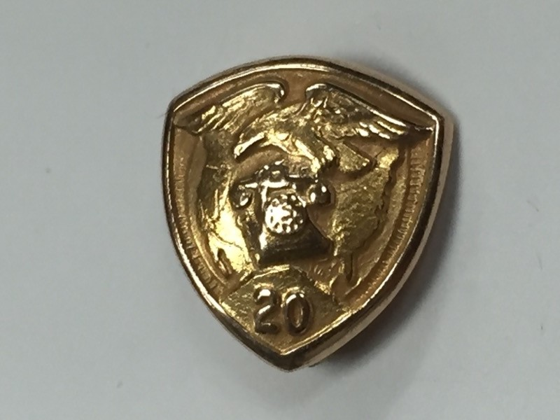 WESTERN ELECTRIC COMPANY INC 10K YELLOW GOLD 20 YEARS OF SERVICE PIN
