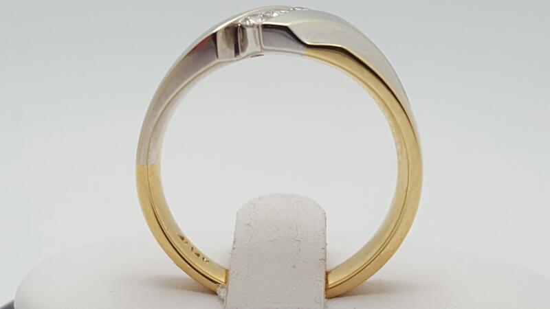 Gent's Gold-Diamond Wedding Band 3 Diamonds 0.2 Carat T.W. 14K 2 Tone Gold 9.2g