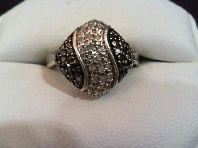 Lady's Silver-Diamond Ring 31 Diamonds .31 Carat T.W. 925 Silver 4.8g