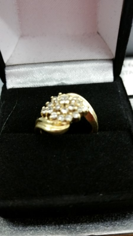 Lady's Diamond Cluster Ring 19 Diamonds .59 Carat T.W. 14K Yellow Gold 4.4g