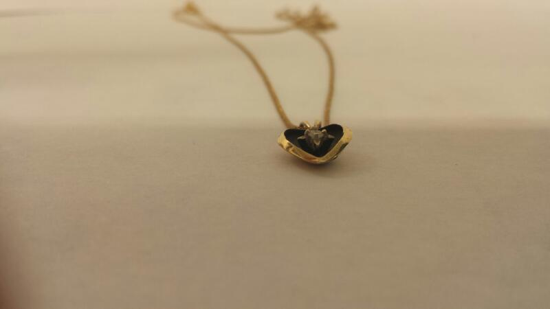 10K-YG Heart Pendant 1 Rd Brilliant Cut Dia. .01ct