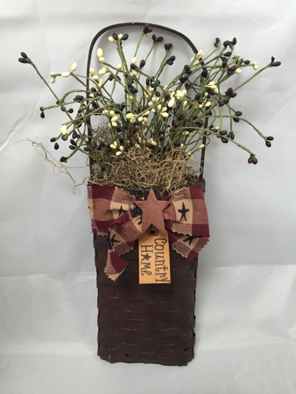 AMERICANA HANGING WALL BASKET WITH BERRIES AND TWIGS