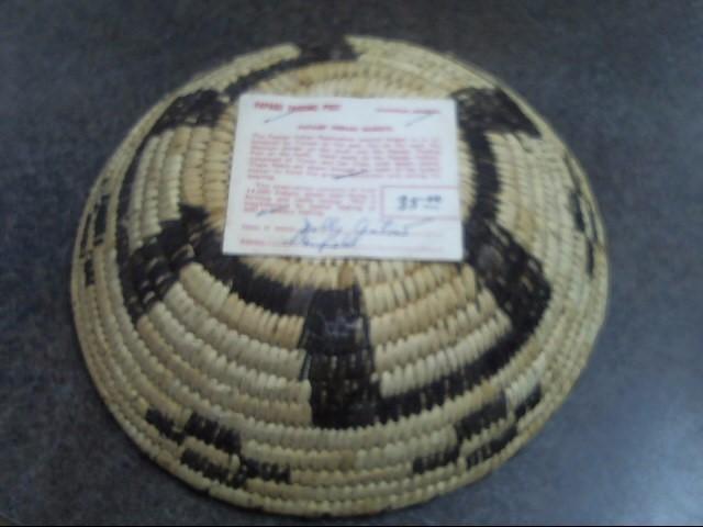 PAPAGO American Indian Blanket/Rug BASKET