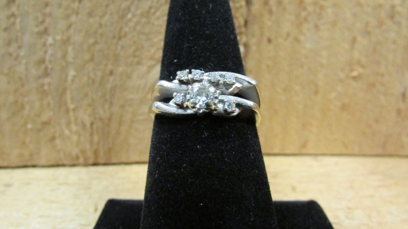 Lady's Diamond Wedding Set 7 Diamonds .35 Carat T.W. 14K White Gold 5g Size:7.8