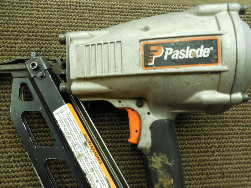 "PASLODE F350S 3-1/2"" CLIPPED-HEAD FRAMING NAILER"