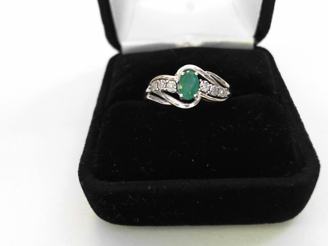 Synthetic Emerald Lady's Stone Ring 10K White Gold 1.5dwt