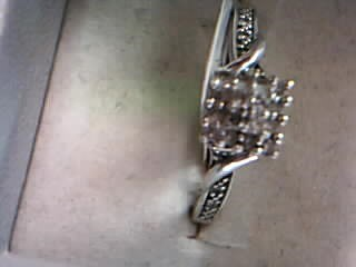 Lady's Diamond Cluster Ring 59 Diamonds 1.55 Carat T.W. 14K Yellow Gold 6.33g