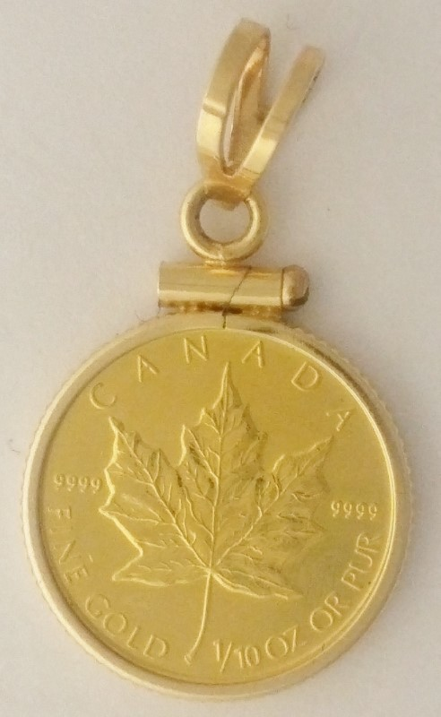 2005 $5 Canada 1/10 oz Maple Leaf .9999 Fine Gold Cold in 14K Bezel