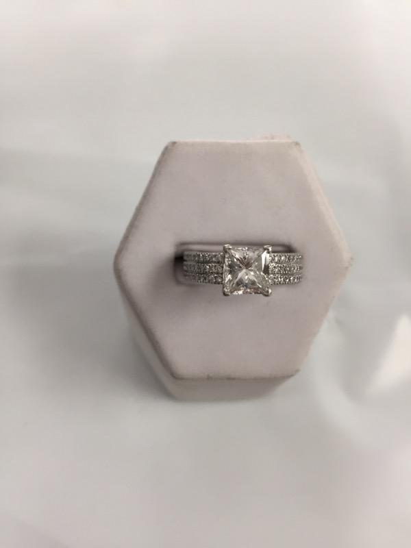 Lady's Platinum-Diamond Solitaire 136 Diamonds 2.86 Carat T.W. 950 Platinum