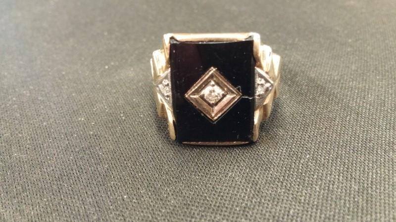 Synthetic Onyx Gent's Stone & Diamond Ring 3 Diamonds .03 Carat T.W.