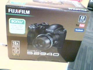FUJIFILM Digital Camera FINEPIX S9400W