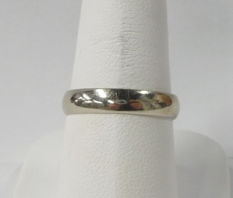 Lady's Gold Wedding Band 10K White Gold 1.63dwt