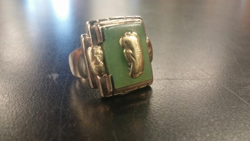 Synthetic Jade Gent's Stone Ring 10K Yellow Gold 7dwt Size:9.5