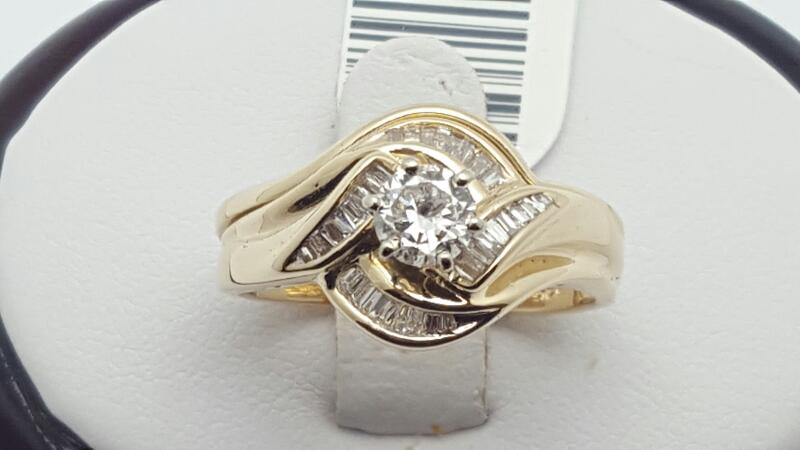 Lady's Diamond Engagement Ring 33 Diamonds .81 Carat T.W. 14K Yellow Gold 6g