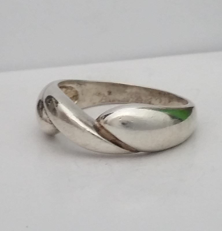 Lady's Silver Ring 925 Silver 4.63g Size:8.7