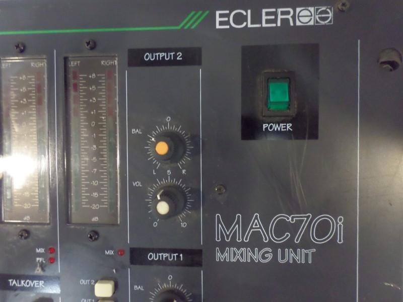 DJ Equipment MAC70I