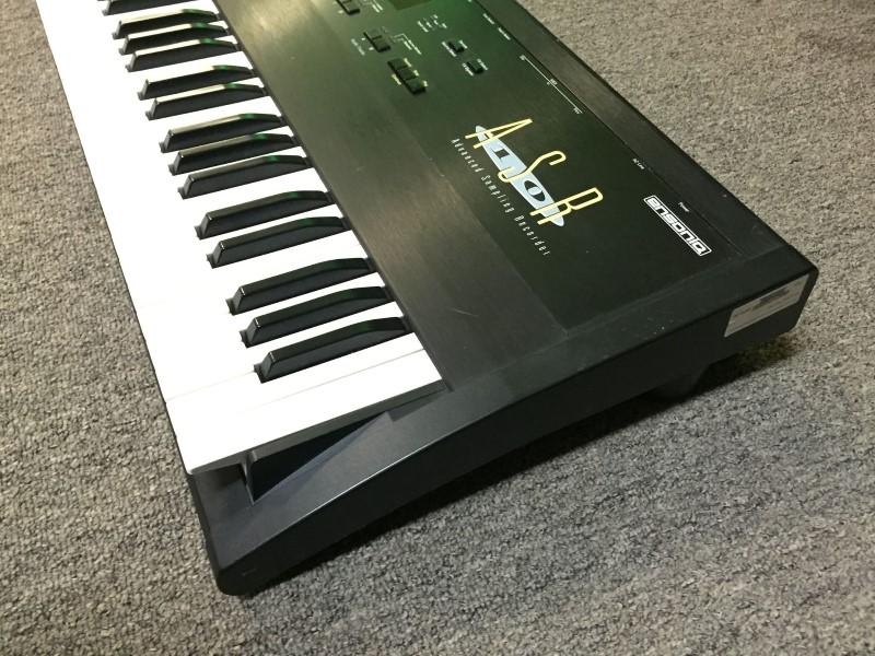 ENSONIQ Keyboards/MIDI Equipment ASR10