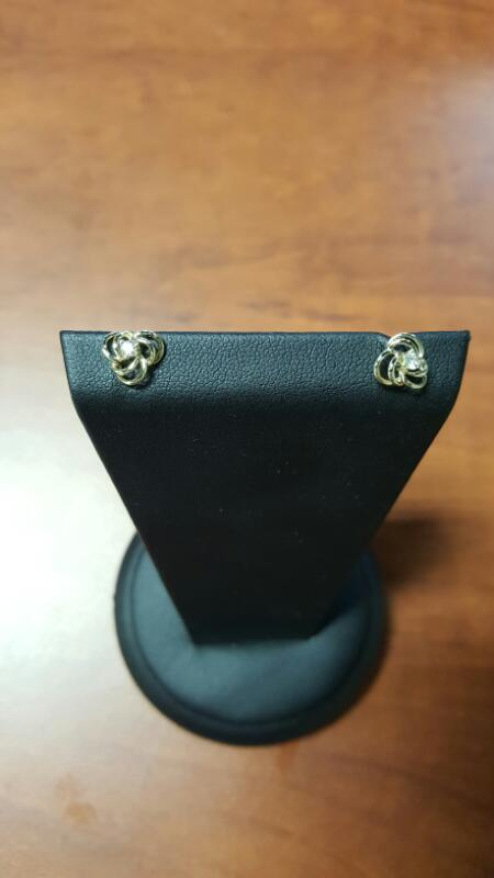 Gold-Diamond Earrings 2 Diamonds .10 Carat T.W. 14K Yellow Gold 0.7dwt