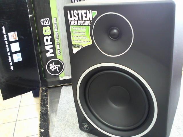 MACKIE Speakers/Subwoofer MR8 MKIII