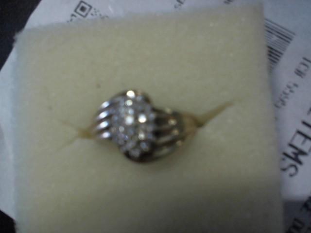 Lady's Diamond Cluster Ring 25 Diamonds .25 Carat T.W. 14K Yellow Gold 2g