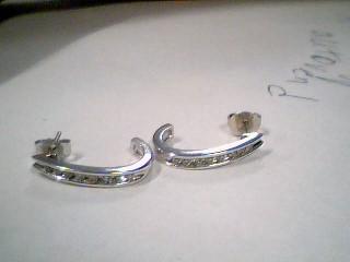 Gold-Diamond Earrings 16 Diamonds .32 Carat T.W. 10K White Gold 3.2g