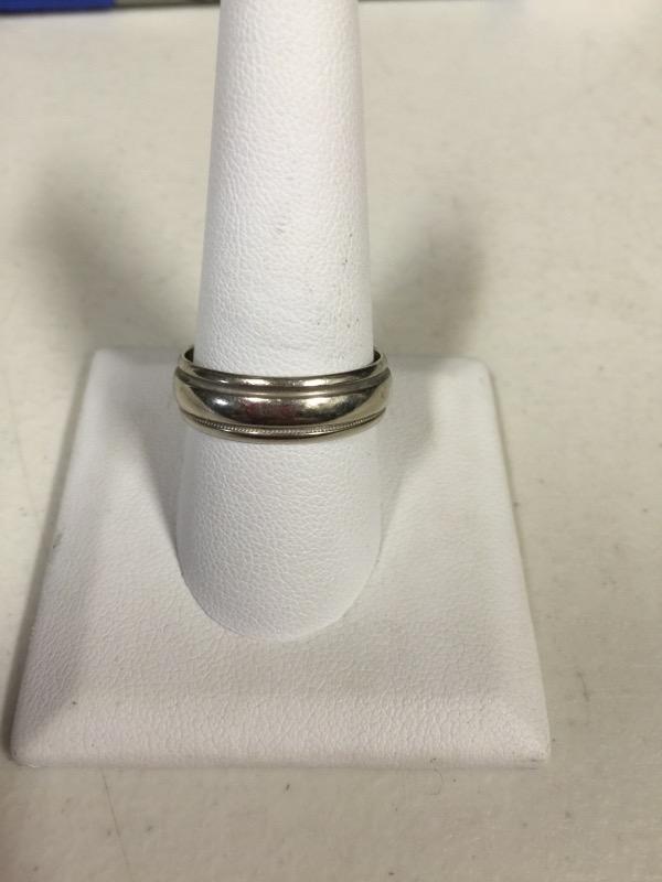 Gent's Gold Ring 14K White Gold 5.7g