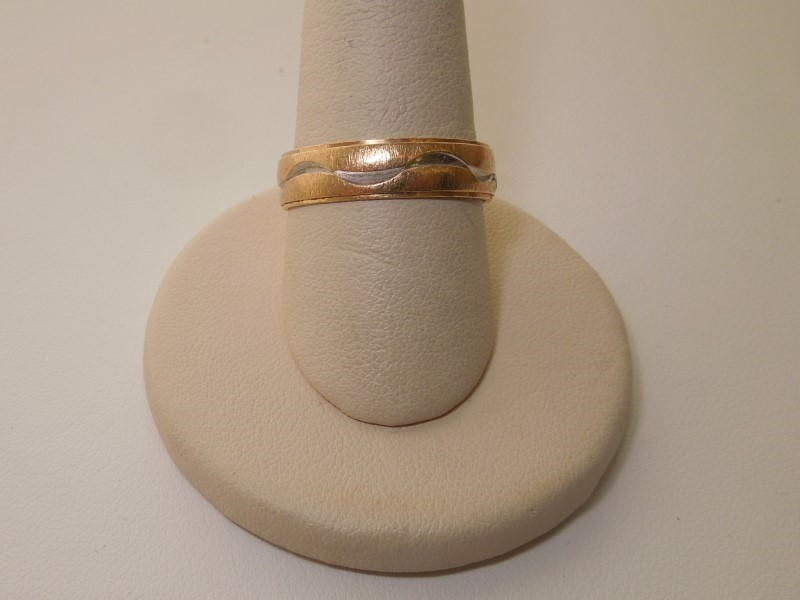 Gent's Gold Ring 14K Yellow Gold 3.7g Size:10