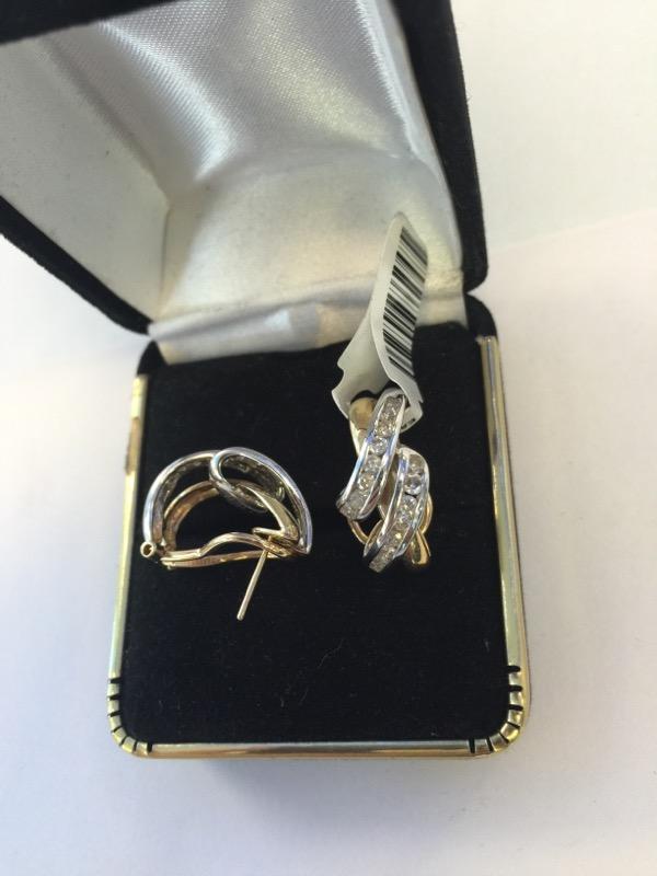 Gold-Diamond Earrings 32 Diamonds .32 Carat T.W. 14K 2 Tone Gold 4.5dwt