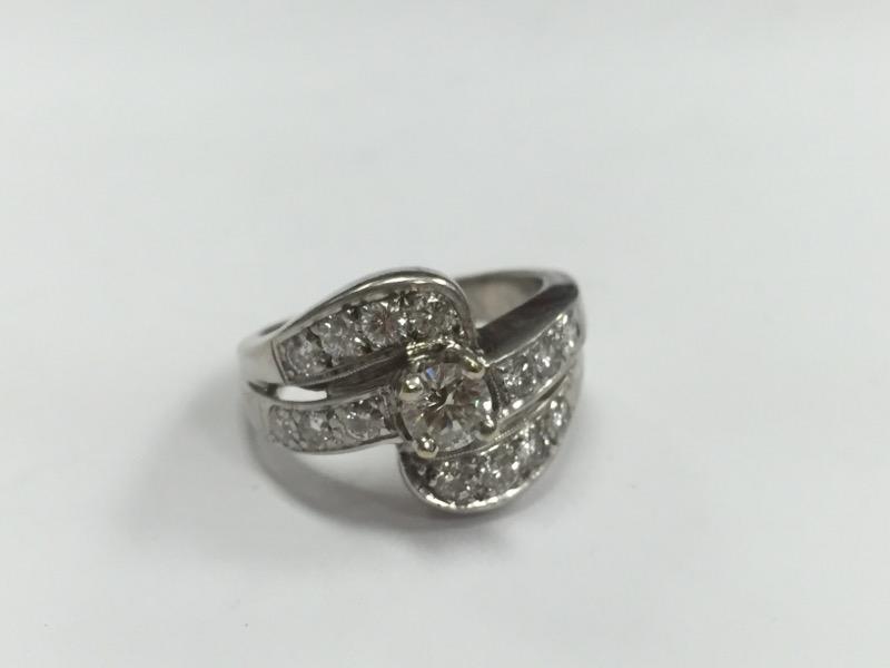 14K VINTAGE DIAMOND ENGAGEMENT RING SIZE 5.5