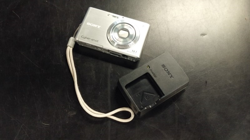 SONY Digital Camera DSC-W330