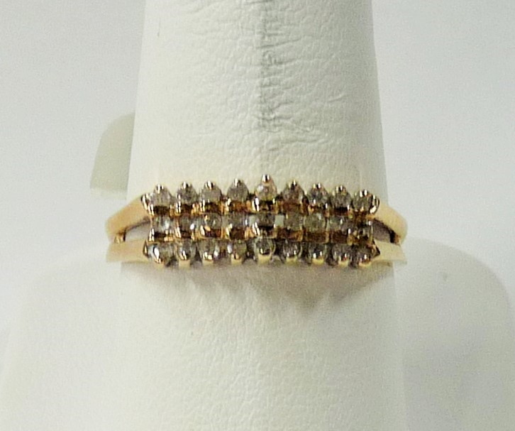 Lady's Diamond Fashion Ring 27 Diamonds .81 Carat T.W. 10K Yellow Gold 1.58dwt