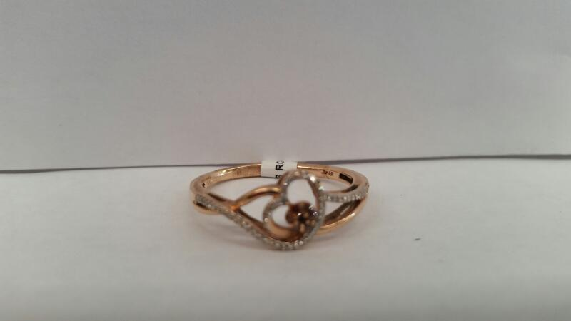 10k Rose Gold Ring with 7 Diamonds and 55 Diamond Chips