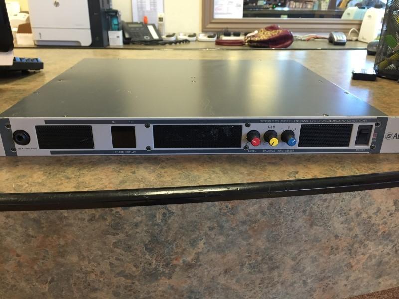 AEQ INTERNATIONAL Amplifier AM-03