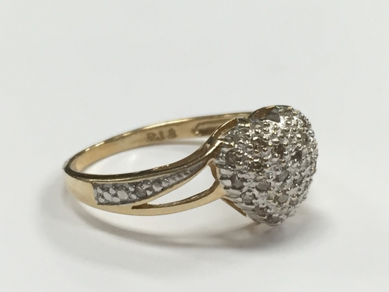 Heart shaped Diamond Promise Ring .31 Ct tw. 10K Yellow Gold Size 8