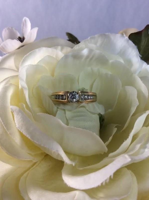 Lady's Diamond Engagement Ring 8 Diamonds .28 Carat T.W. 14K Yellow Gold 4.69g